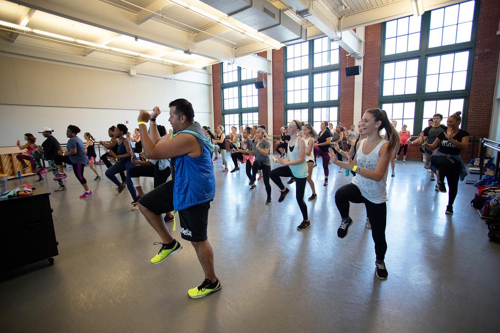 Im Takt bleiben – fit durch Aerobic
